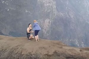 Man proposes to girlfriend at top of active volcano - volcano the, volcano, Top, active volcano, active