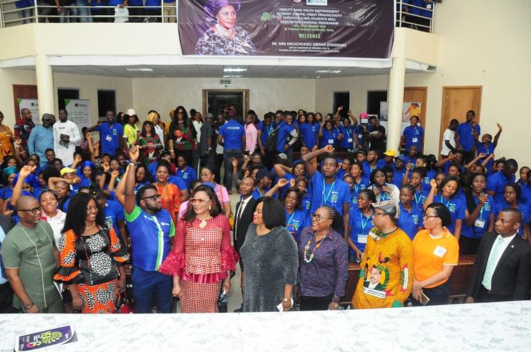 Fidelity Bank, CAFE, empower 200 students in Anambra - youth empowerment academy, Nnamdi Azikiwe University, fidelity bank, fidelity, cafe, bank, 200 students