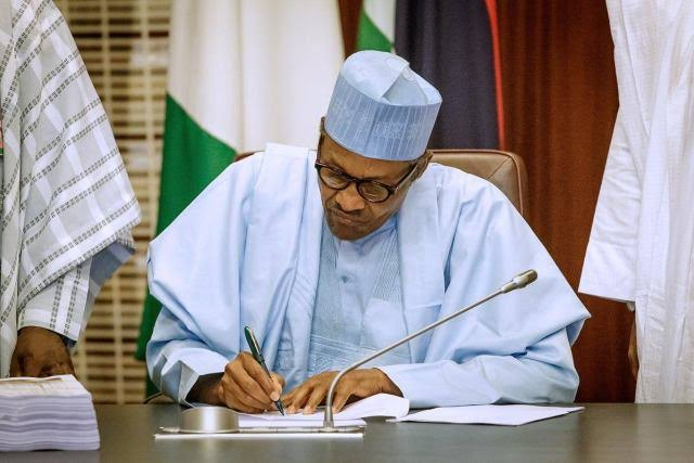 Buhari signs Executive Order 009 to check open defecation - the federal ministry, order 009, order, open defecation free, executive order, executive, Buhari